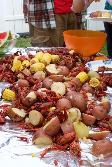 Crawfish boil 11.jpg