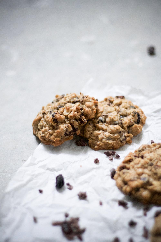 Oatmeal raisin cacao nib cookies 5.jpg