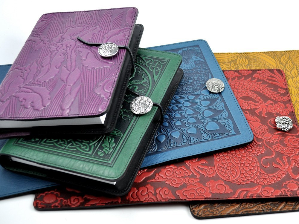 Oberon Design - Santa Rosa, CA.  Leather journals, wallets, & jewelry inspired by Celtic designs & illustration.