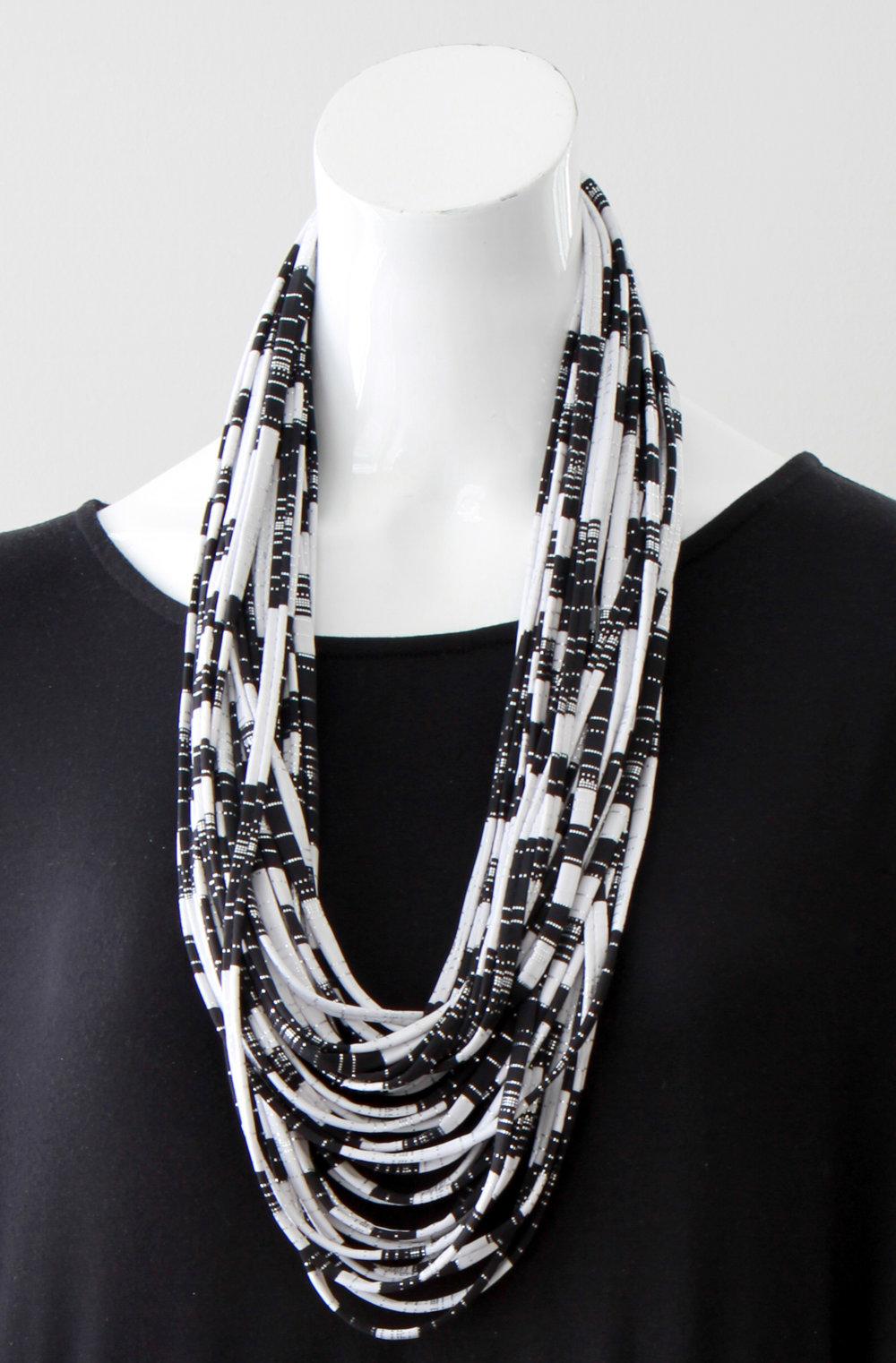 Black and White Stripe Necknot.jpg
