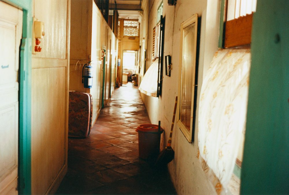 08_Hallway.jpg