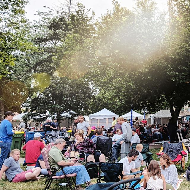 What a fantastic night! Thank you, Quincy. We should do this again. Like at 10 am Saturday, June 23 with artists booths, free art activities, music, and food. #QFEST #RightonQ . @thedistrictquincy @quincyrightonq @seequincyil  @quincyartcenter @artsquincy