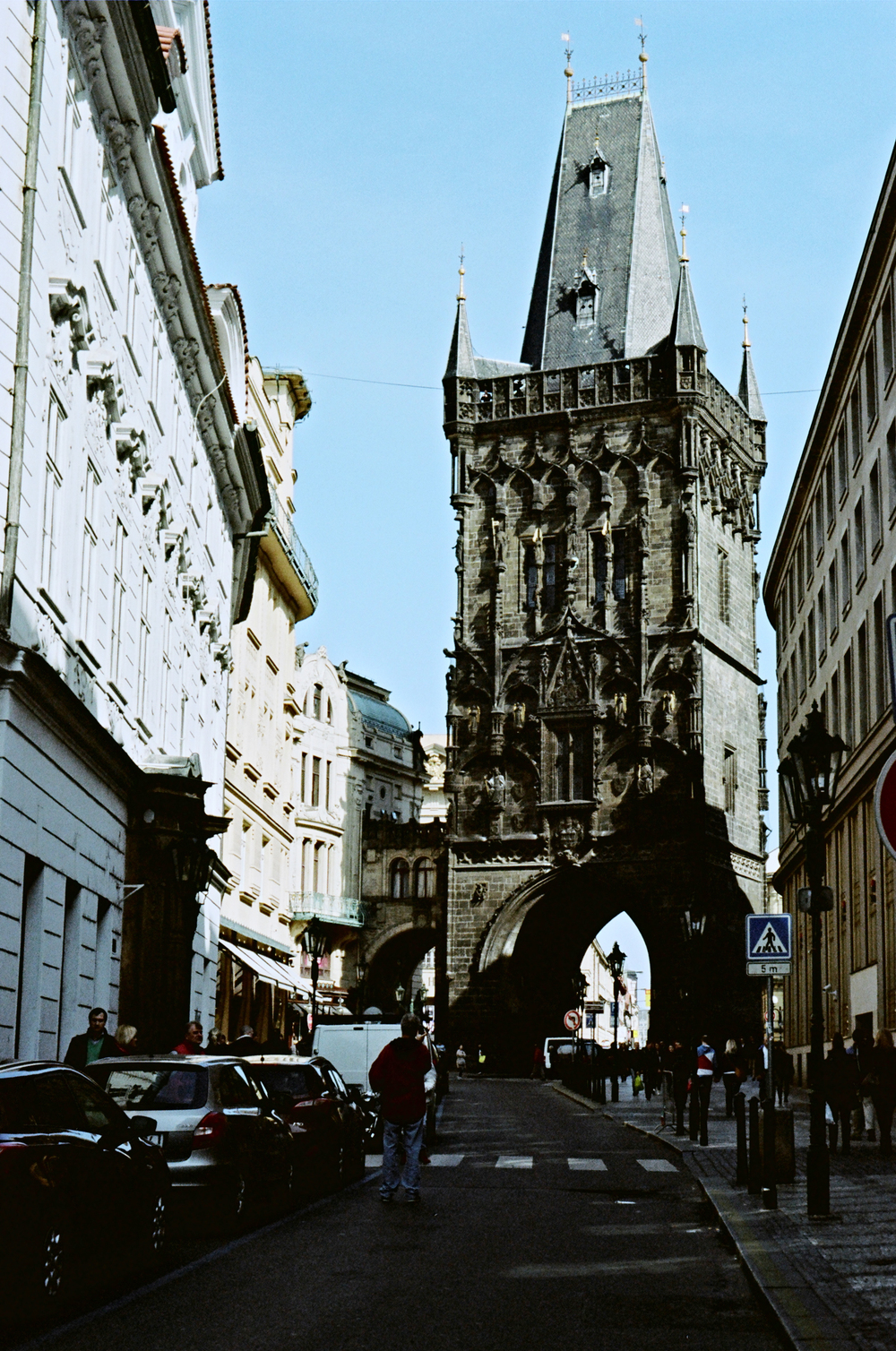 Prague_streets_35mm_flyotw