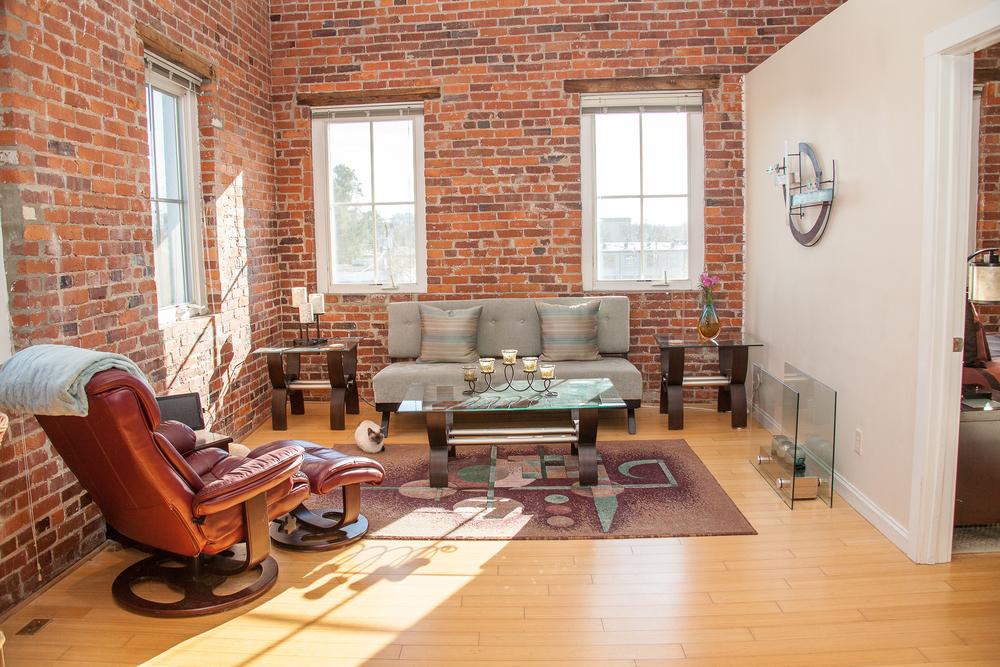 Denton Center Apartments on Court Square 61 Court Square. Live Downtown   Harrisonburg Downtown Renaissance