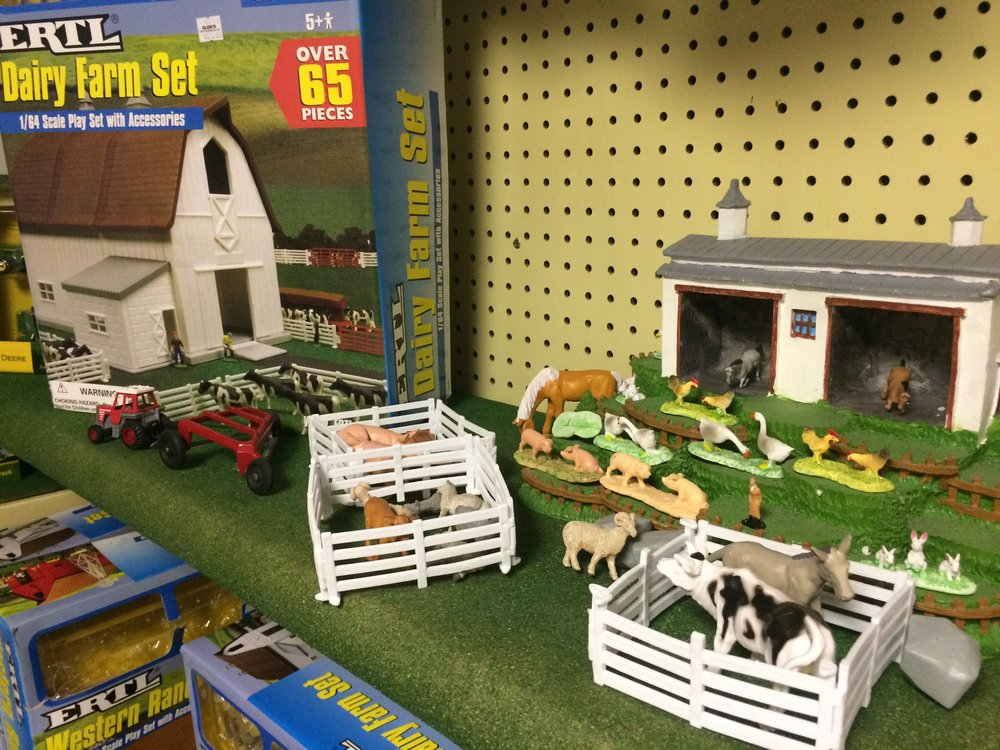 ERTL's Western Ranch Set