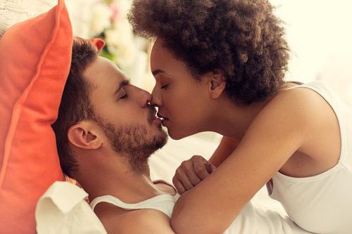 dating-interracially-while-natural-porn