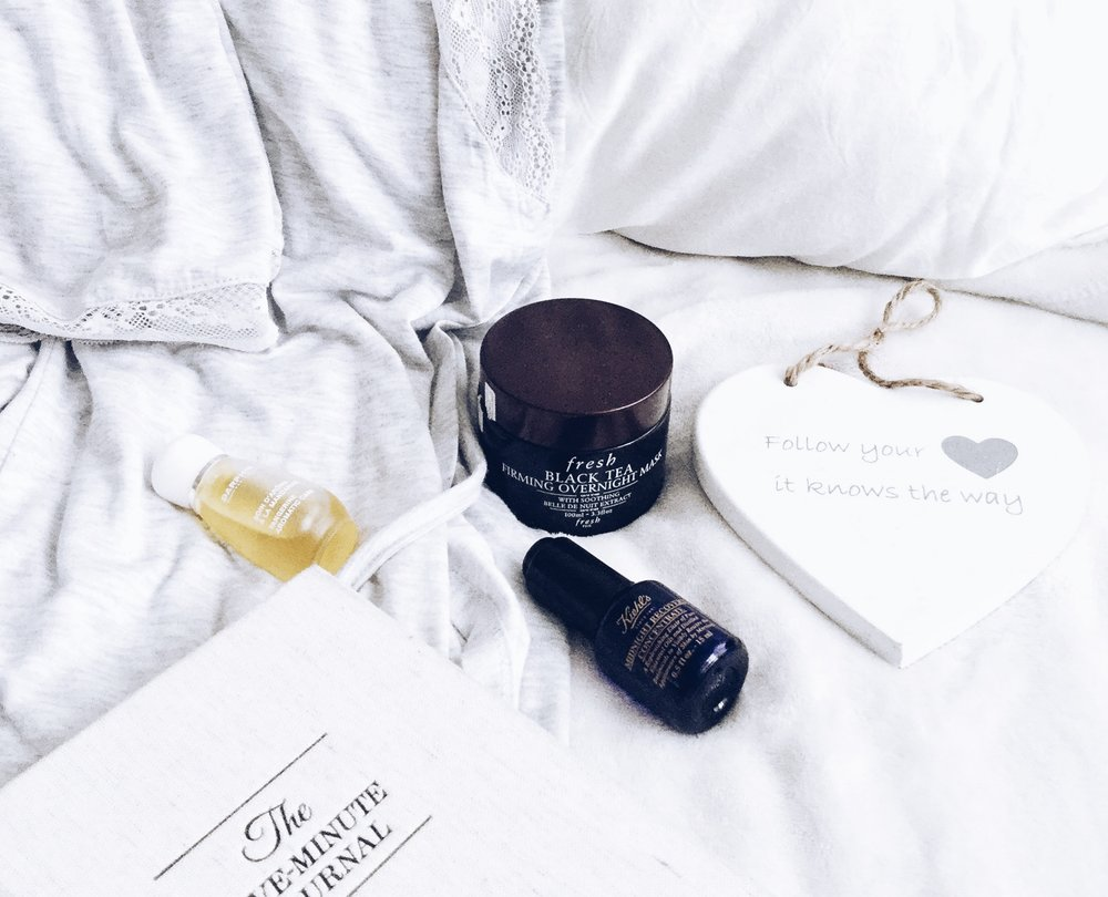 3 ESSENTIAL BEAUTY TIPS FOR SILKY SMOOTH SKIN IN THE WINTER - Routine + Review