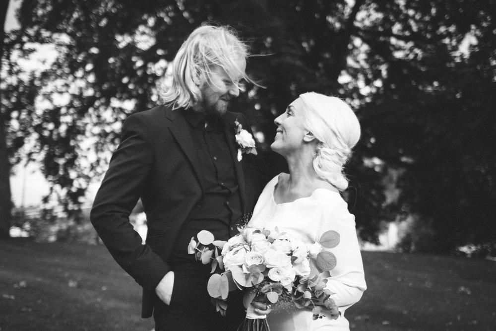 MIRIAM & TOM - WEDDING