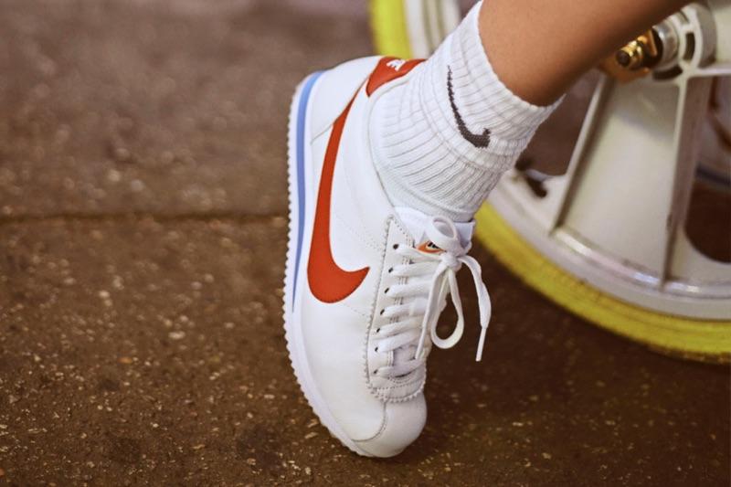 Bella-Hadid-Nike-Cortez-2017-Campaign06.jpg