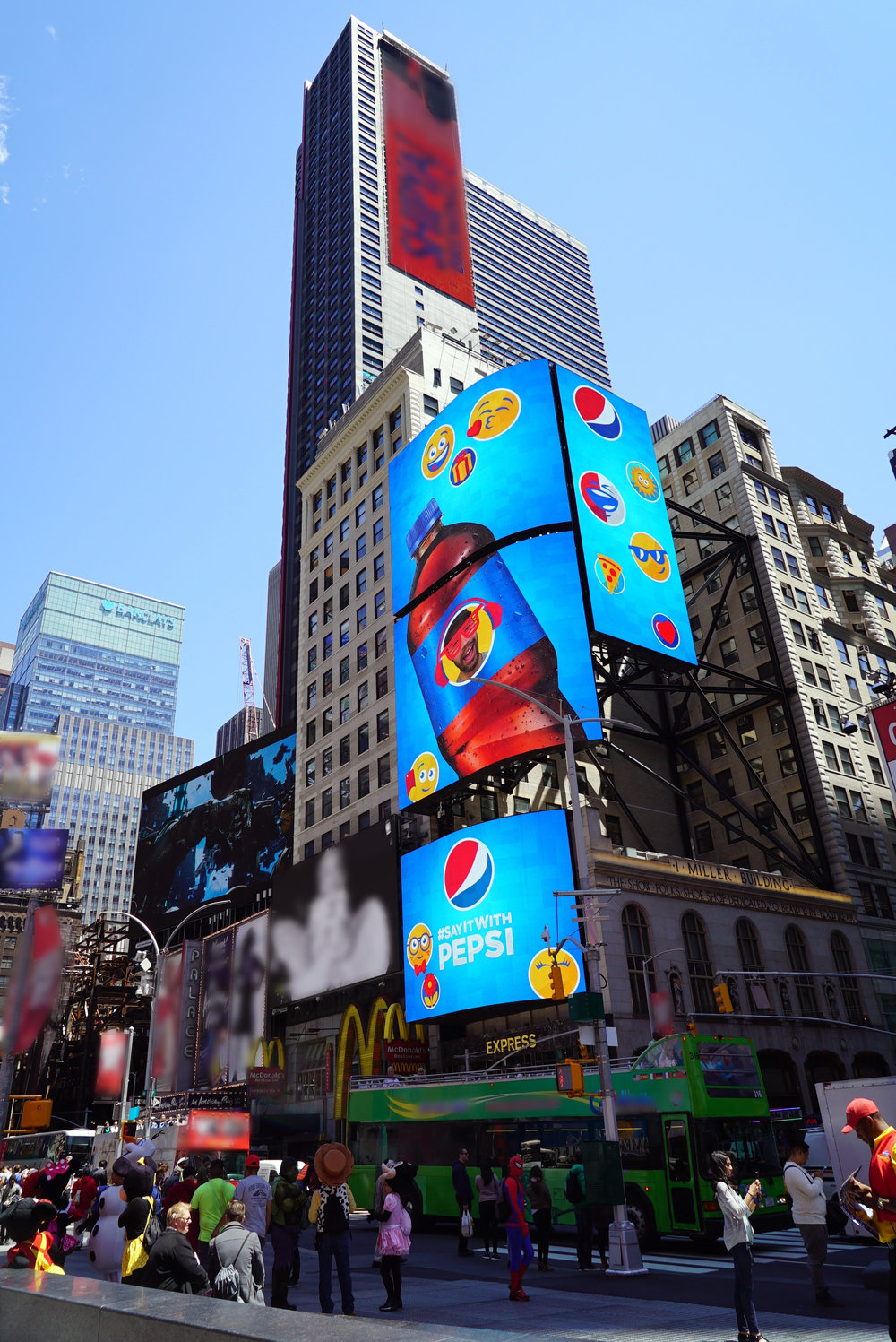 Pepsi, Pepsimoji Times Square     We turned over 800 New Yorkers  (  read: tourists)  into Pepsi emojis to launch #SayItWithPepsi