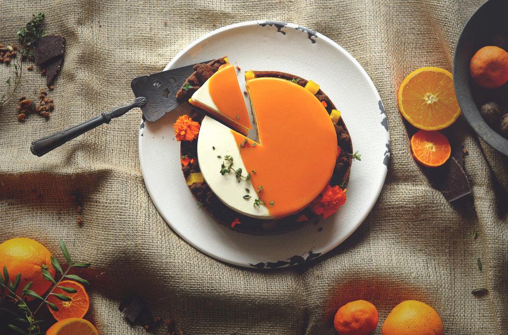 OrangeBlack_03.jpg