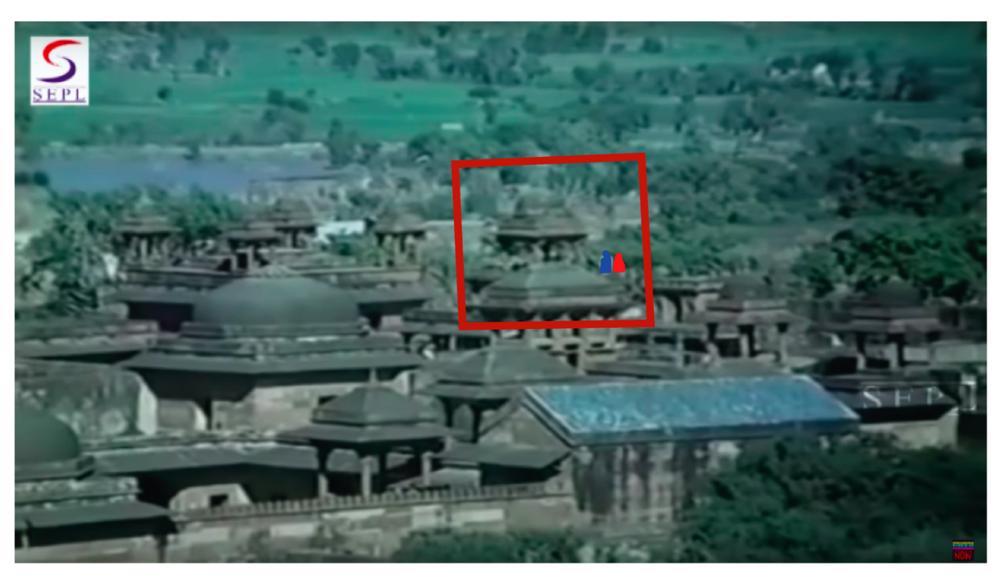 Garam Hawa scene used as element for location reconstruction, 1:10:35