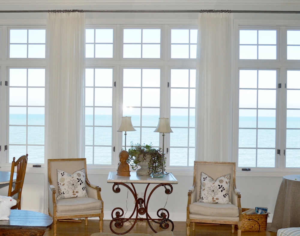 Window Treatments by Lake Interiors | © Lake Interiors Inc.