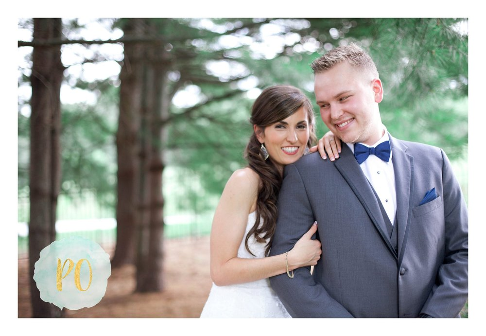 lindsey plantation first look rustic outdoor wedding poured out photography