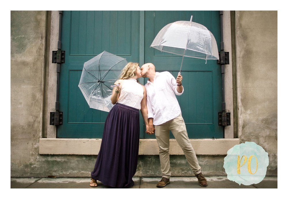 downtown-historic-charleston-sc-engagement-photos_0020.jpg