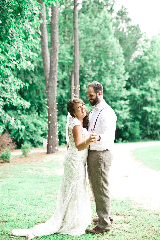 blush-mint-hidden-acres-wedding-marion-sc-photos_0078.jpg