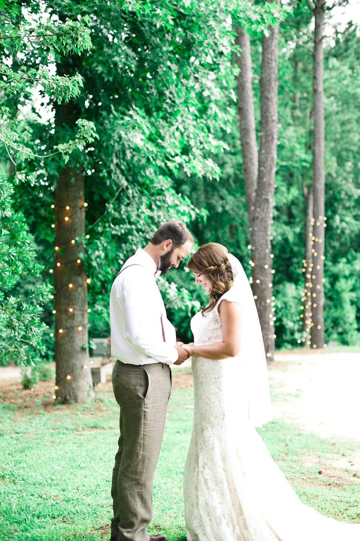 blush-mint-hidden-acres-wedding-marion-sc-photos_0080.jpg