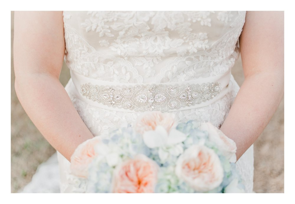 winter-lowcountry-lace-gown-bouquet-newberry-sc-bridal-photos-_0005.jpg