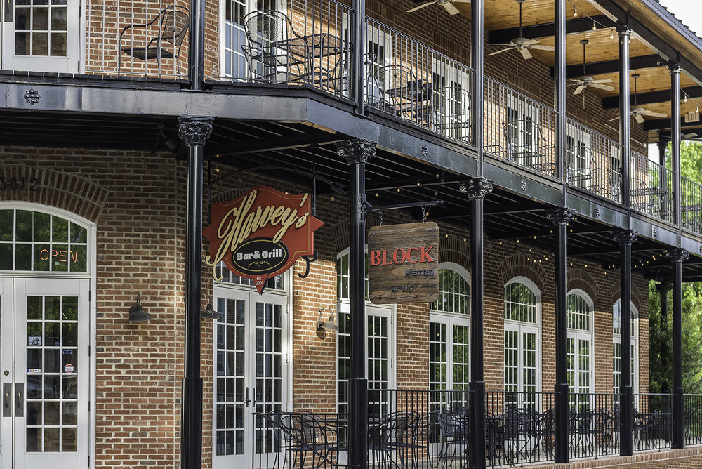 Harvey's Grill & Bar