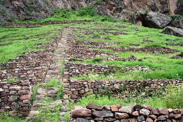 STAIRS TO Naupa Huaca.jpg