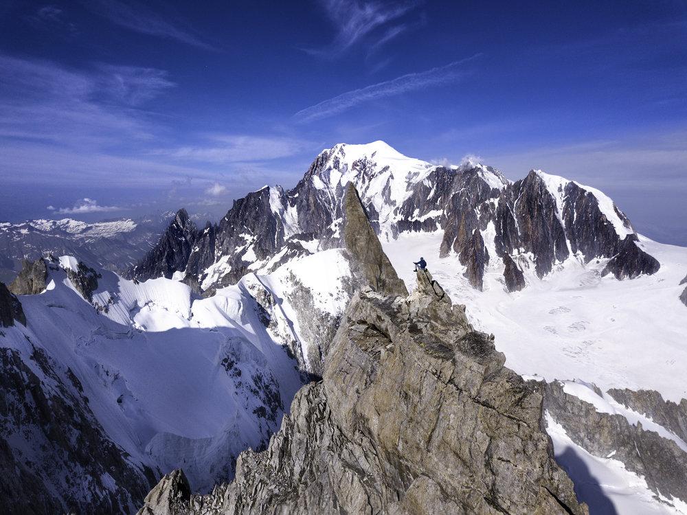 mont mallet peak 3989m.jpg