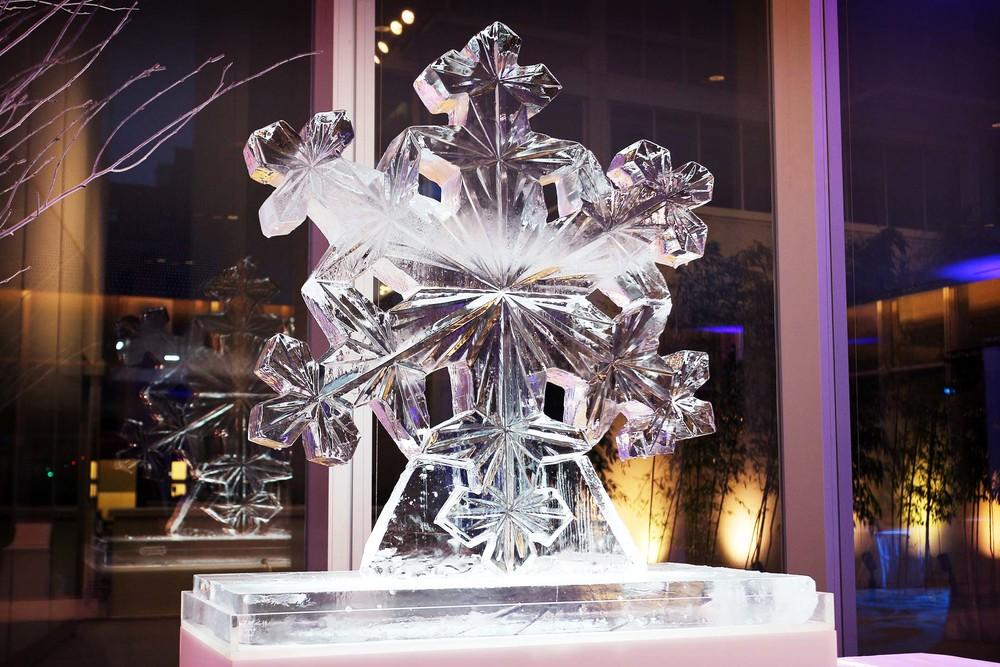 40in Snowflake-1.jpg