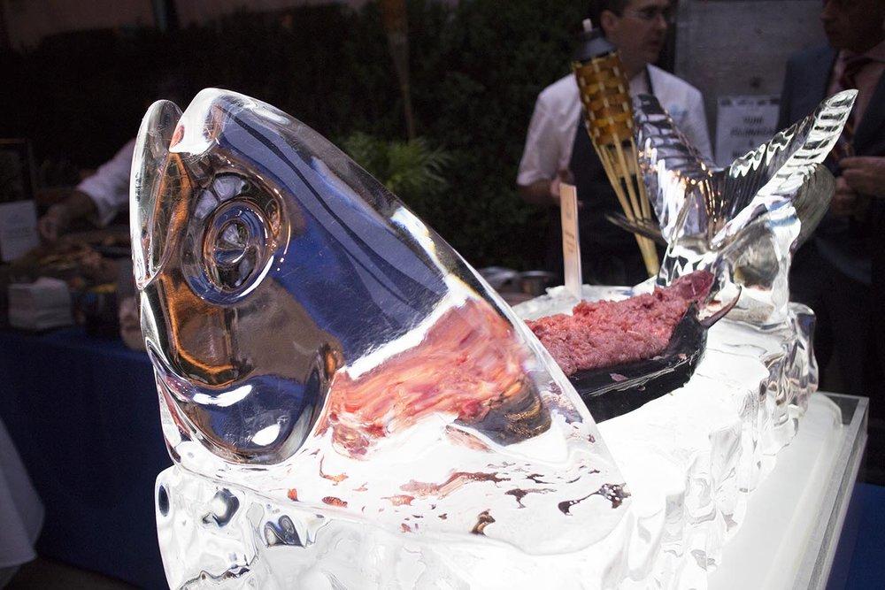 The Sea Grill Tuna Sculpture n Popsicle Display @..jpg