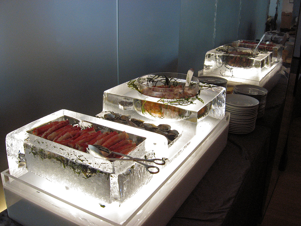 Grand Tryptich Raw Bar (variation).jpg