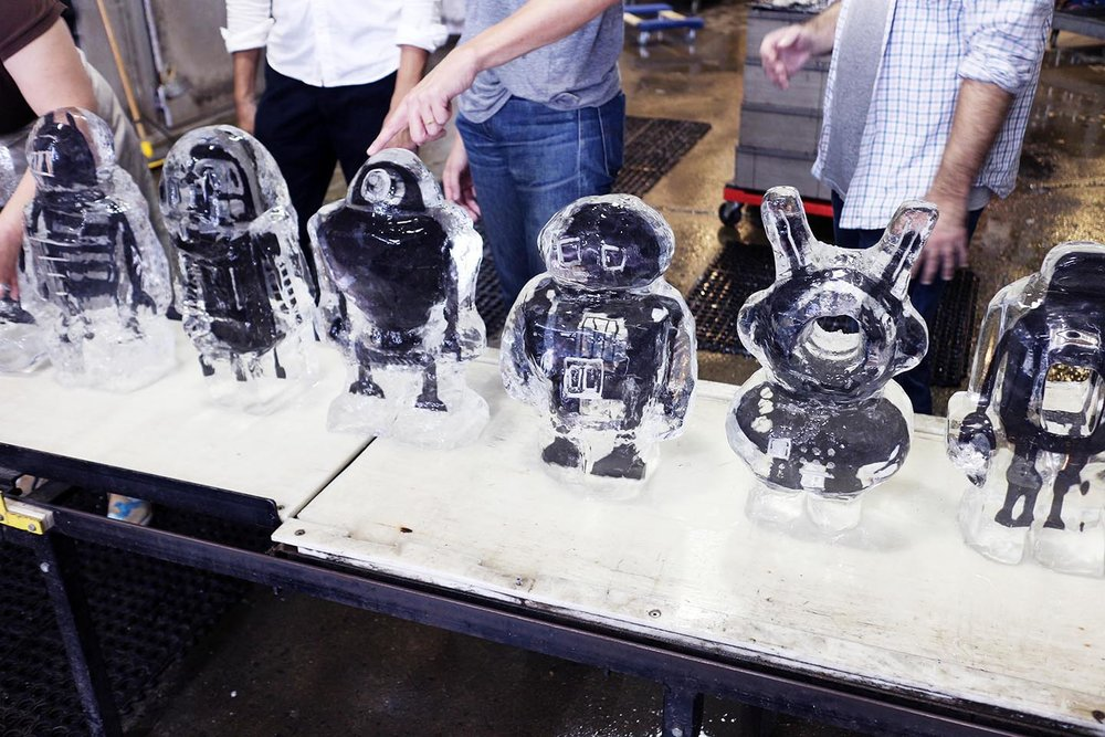 robot image carving Workshop Team Building 3*.jpg