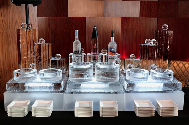 No display is too fancy when it comes to caviar and vodka. . . . #ice #icesculpture #vodka #caviar #chiller #bottlechiller #greygoose #alchohol #caviarchiller #vodkachiller #luxuryevents #nycevents #alimayevents #wedding #weddinginspiration #weddingideas #caviarvodkachiller #birthday #birthdayinspiration #weddingplanner #event #eventplanner #eventinspiration #ascentlounge #luxury #stolielit #belvederevodka #bombay #stoli #alimay