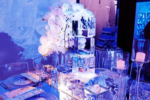 Ice vases not only make great centerpieces but they also make great icebreakers for conversation if you find yourself sitting among strangers. . . . #icevase #vase #ice #icesculpture #flowers #sculpture #blocks #iceblock #clear #beautiful #barmitzvah #batmitzvah #eventinspiration #event #eventplanner #eventideas #barmitzvahideas #batmitzvahideas #wedding #weddings #weddingplanner #weddingideas #tabletopcenterpieces #weddingvase #weddingplanners #partyplanner #partyinspiration #elegant #nycevents #luxuryevents