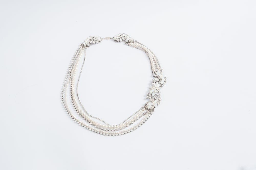 MEYER NECKLACE
