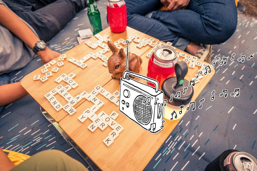 Table_Radio.jpg