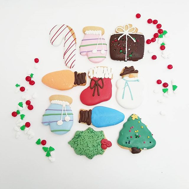 Holiday cookies are here!!!!!! Give us a call to place your order... We can fill any size order large or small!