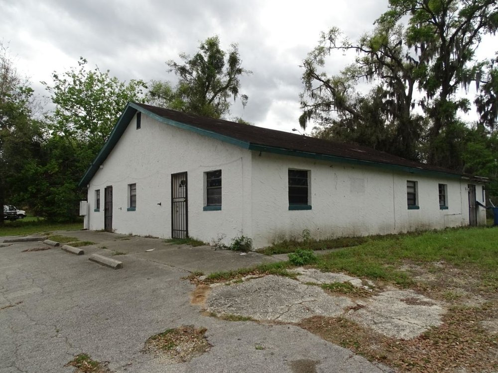 Still waiting — Just down the street from the Spring Hill Resource Center is 918 S. Adelle Ave., a vacant commercial building owned by the Central Florida Community & Economic Development LLC headed by Gerald Chester.  BEACON PHOTO/ELI WITEK