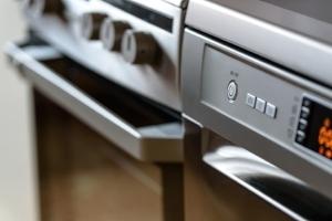modern-kitchen-1772638_1920 pixabay.jpg