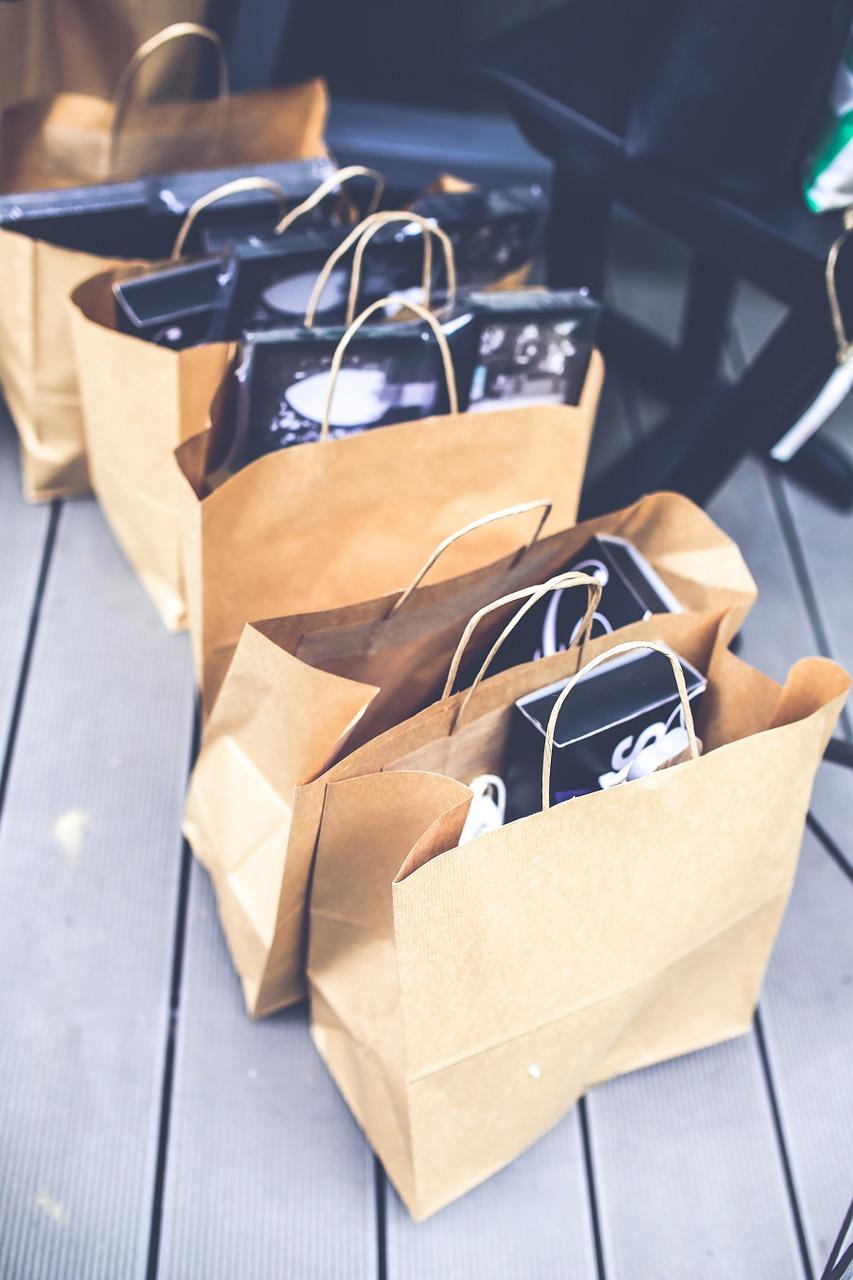 shopping-791585_1280 bags donations pixabay.jpg