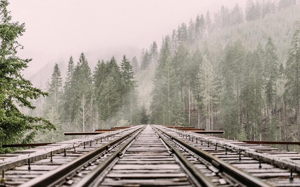 railway-1245906_960_720.jpg