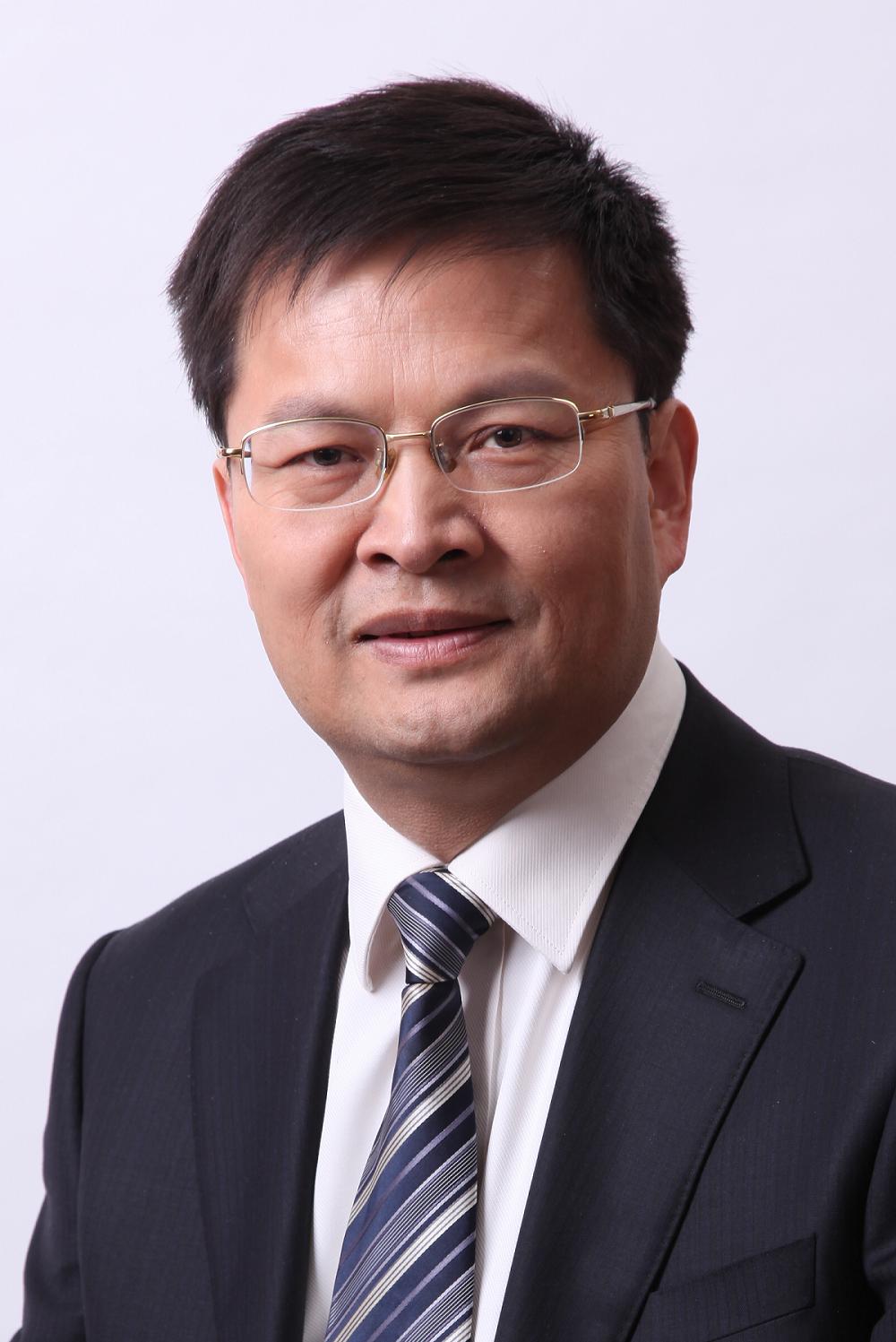 Tianwei Tan