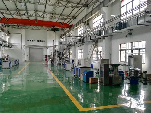 北京林业大学合作建设的纤维素乙醇中试生产线_s.jpg