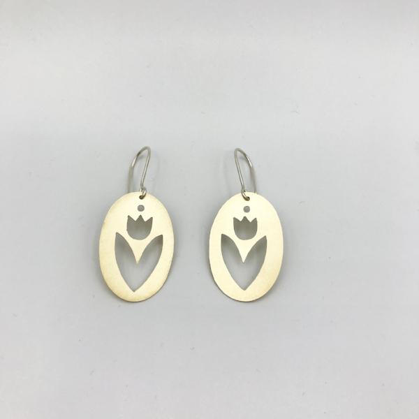 ALMA earring 1.jpg