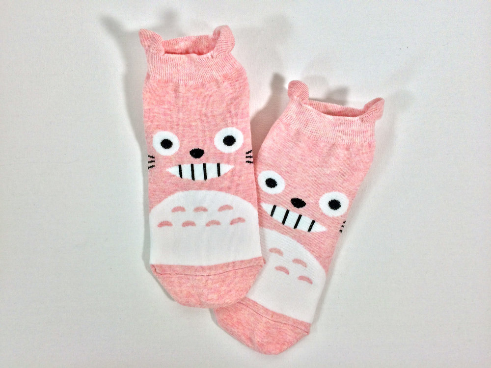 Another Look at the Totoro Style socks in Pink Heather: Photo Credit - The Sock Review