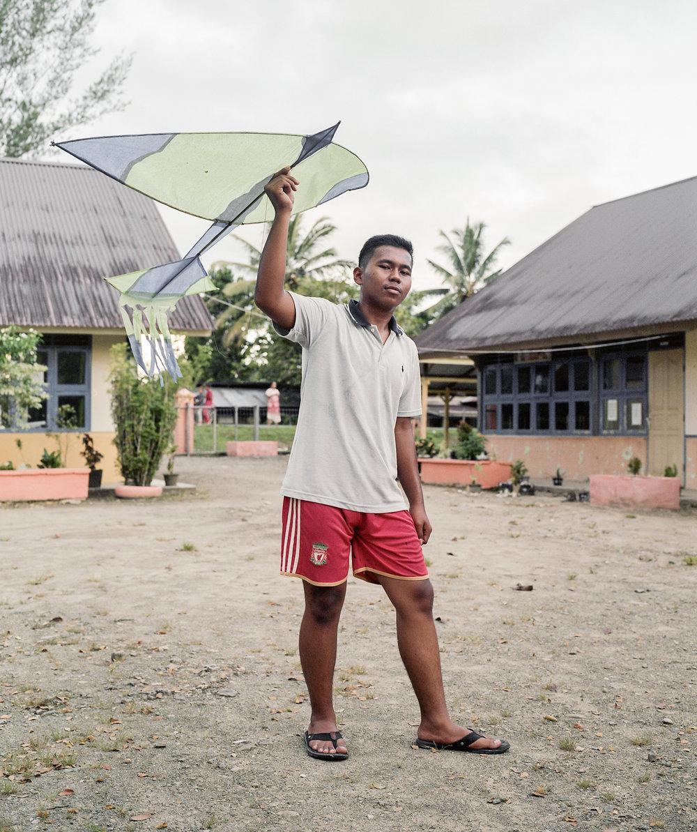 indo.kites231.jpg