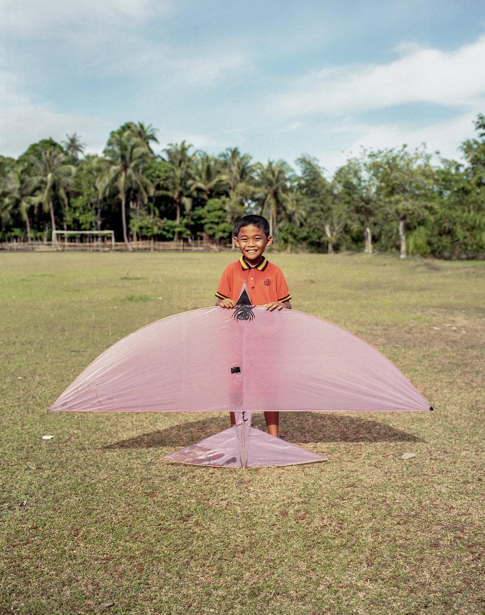 indo.kites253.jpg