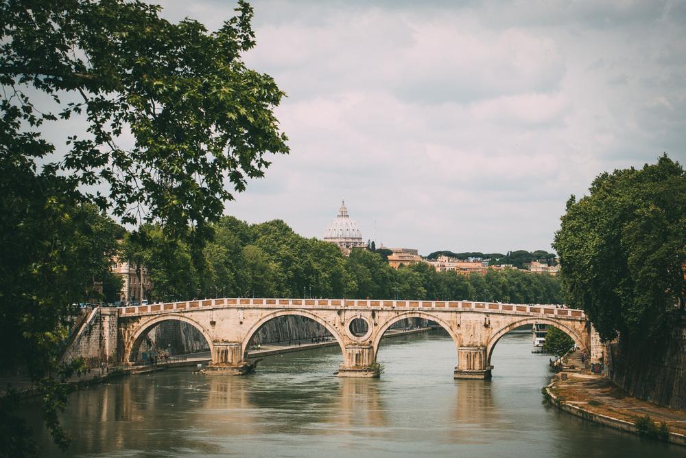 Ponte Sisto, Rome, Italy