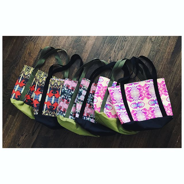 Fresh batch of Weekend Bags hit the shop last night. These pretty babies make the perfect gift for all the pretty bbs on your list! Hit up link in bioooo 💝👶🎄