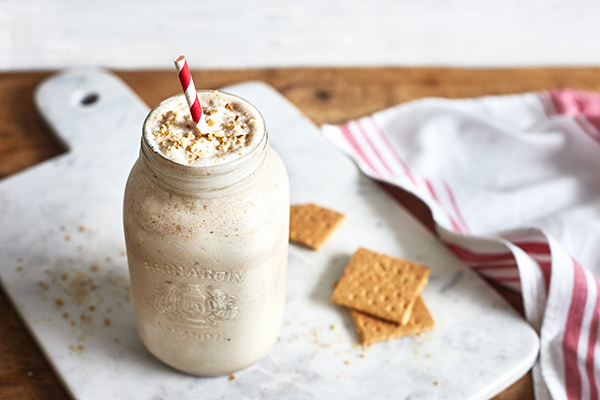 Peanut-Butter-Cookie-Shakeology-in-post.jpg