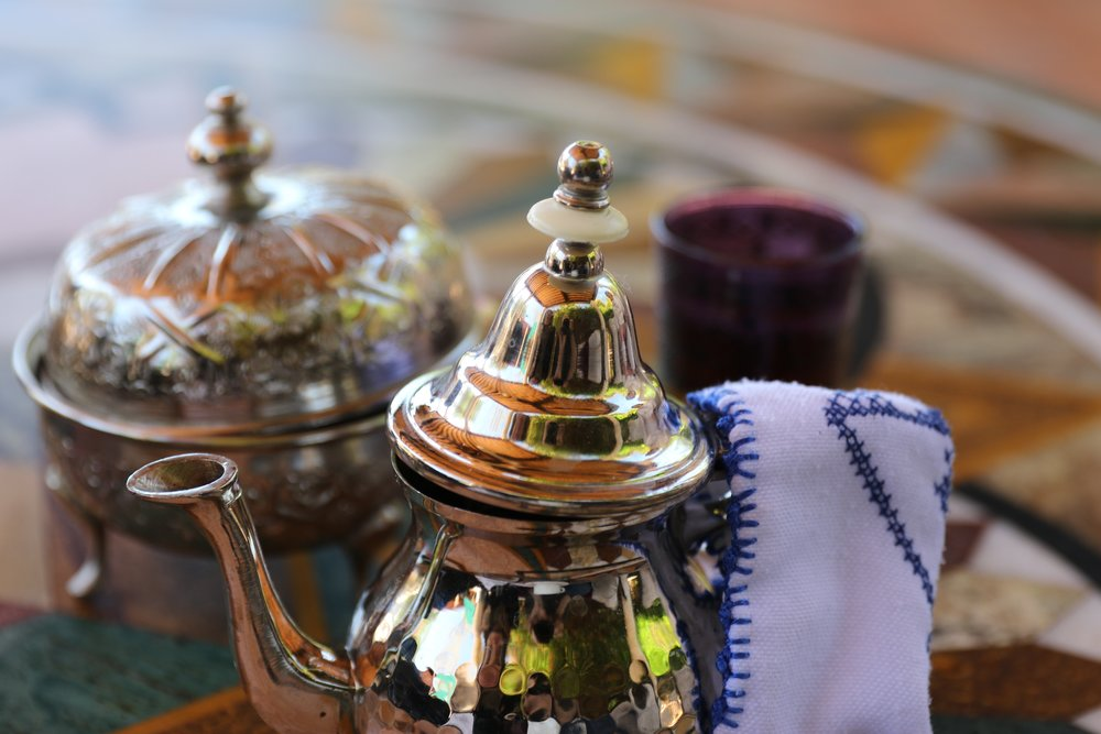 lighting-mint-miniature-morocco-tradition-tea-time-621113-pxhere.com.jpg