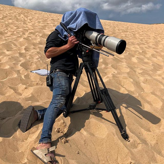 Getting the shot: RED WEAPON w/ Helium 8K S35 sensor, Canon EF 200-400mm lens, towel. . . . . . . #redcinema #canon400mm #naturalhistory #naturalhistoryfilmmaking #hitchhikersguidetothegalaxy #toweltuesday #redweapon #documentaryfilm #sleepingbeardunes #nationalpark
