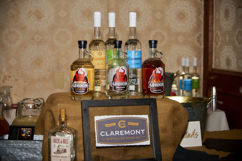 Uncorked-Uncapped-PhotoSesh-09282017-0024.jpg